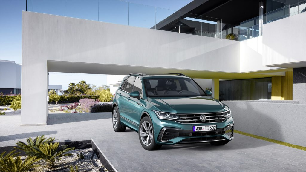 Volkswagen Tiguan auto modré