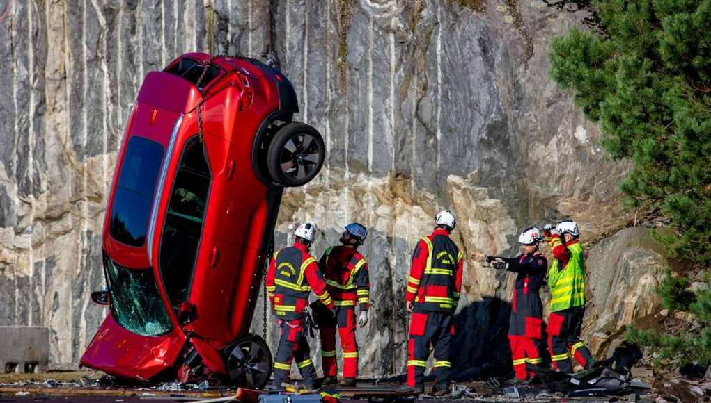 auto, červené, test