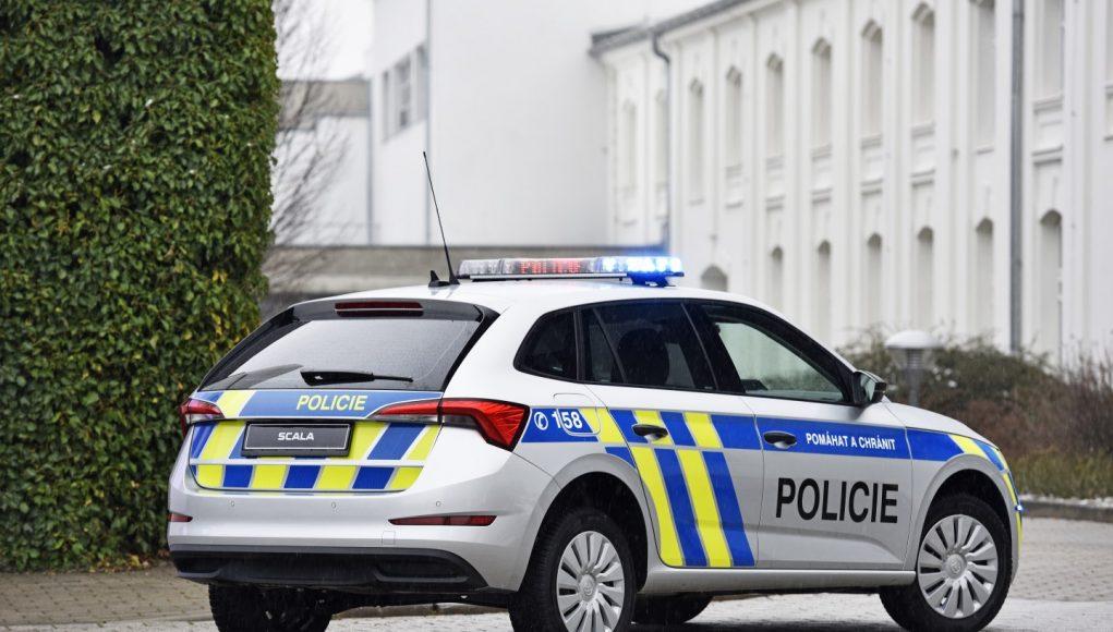 policie, auto, škoda, scala